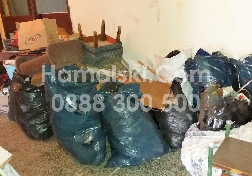 Извозване на боклуци и мебели в София